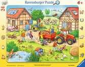Na dvoře 24 dílků 2D Puzzle;Dětské puzzle - Ravensburger