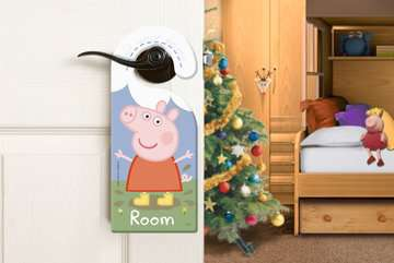 Peppa Pig Christmas Shaped Floor Puzzle, 32pc Puzzles;Children s Puzzles - image 4 - Ravensburger