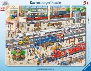 06161 Kinderpuzzle Am Bahnhof von Ravensburger 1