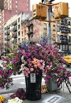 12964 Erwachsenenpuzzle Flowers in New York von Ravensburger 3