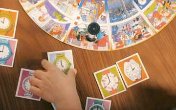 24995 Kinderspiele Wer kennt die Uhr? von Ravensburger 3
