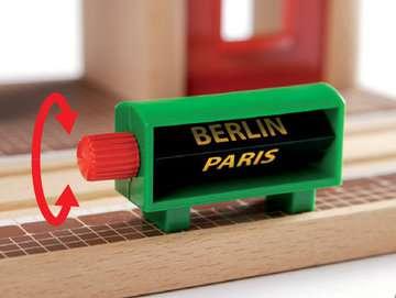63357800 BRIO Eisenbahn Sprechender Bahnhof von Ravensburger 3
