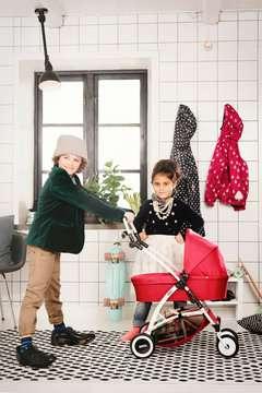 63900000 Rollenspielzeug Puppenwagen Spin rot von Ravensburger 3