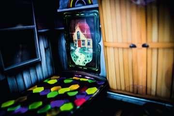76371 Escape the Room Escape the Room 3 - Das verfluchte Puppenhaus von Ravensburger 6